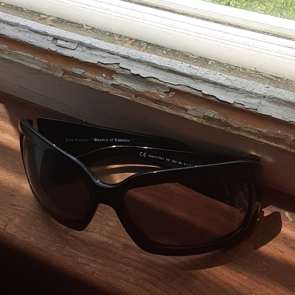 """Juicy Couture Accessories - """"Shades of Juicy"""" Juicy Couture sunglasses"""